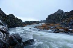 在Thingvellir国家公园的Oxararfoss瀑布在冰岛 免版税库存照片