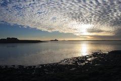 在Thorney海湾, Canvey海岛,艾塞克斯,英国的云彩 库存图片