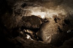 在Thurungia,德国盐溶从水晶洞穴的水晶 库存照片