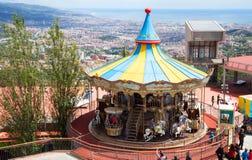 在Tibidabo游乐园的转盘在巴塞罗那 免版税库存图片