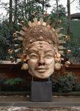 在Tirta Empul,Ubud,巴厘岛的被编织的雕塑 免版税库存图片