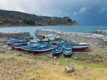 在Titicaca湖,秘鲁的鱼小船 免版税图库摄影