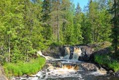 在Tohmajoki河的瀑布 免版税图库摄影