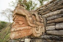 在Tonina废墟的玛雅被雕刻的雕象在墨西哥 库存图片