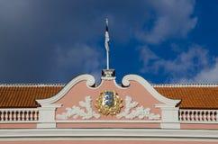 在Toompea小山,塔林的议会大厦 库存图片
