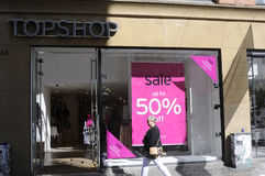 50%在TOPSHOP的销售 免版税库存图片