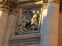 在Trevi喷泉找到的其中一个雕塑 库存图片