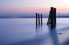 在tricity区域,从格丁尼亚orlowo的看法的喜怒无常的微明在波罗的海在波兰 库存照片