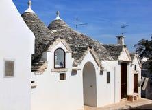 在trullo的玛丽图象在Alberobello,意大利 免版税库存图片