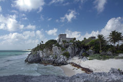 在tulum,墨西哥的玛雅废墟 免版税库存图片