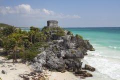 在tulum,墨西哥的玛雅废墟 免版税图库摄影