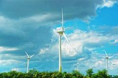 在Turbenthal的风车在瑞士的苏黎世小行政区的温特图尔 免版税库存照片
