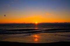 在Tybee海岛上的日出 免版税图库摄影