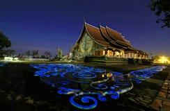 在Ubonratchathani省泰国的佛教黑矽石 免版税库存图片