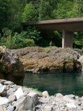 在Umpqua的桥梁 免版税图库摄影