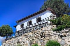 在Vacha水坝在Rhodopes山,保加利亚的复杂Chilingira 库存图片