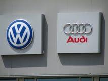 在VAG VW奥迪分配中心的标志在NJ 免版税库存图片