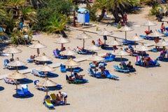 在Vai的著名海滩有东部克利特的,希腊一个美丽的棕榈森林的 免版税库存图片