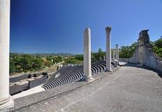 在Vaison La长叶莴苣,普罗旺斯,法国的广泛的罗马废墟 免版税库存照片