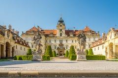在Valtice城堡的看法在捷克共和国-摩拉维亚 免版税库存照片