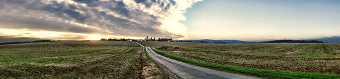 在Vexin地区乡村的日落在法国 图库摄影