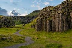 在Vik,冰岛附近的露营地 免版税库存照片