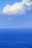 在volimes 2013年7月03日,希腊的扎金索斯州海岛低标度火 免版税库存图片