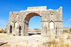 在Volubilis的老门在摩洛哥 库存照片