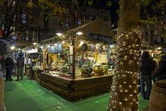 在Vorosmarty广场的圣诞节市场在布达佩斯,匈牙利 库存照片