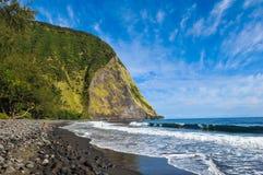 在waimanu海滩的早晨 免版税库存照片