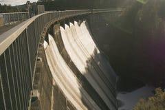 在Waitakere范围的上部Nihotupu水库,奥克兰,新西兰 免版税图库摄影