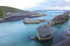 岩石在海 免版税库存照片