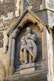 在Waltham修道院教会的哈罗德雕象 库存照片