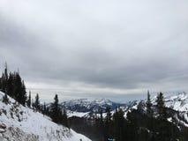 在Wasatch附近的冬天庄严视图朝向落矶山,布赖顿滑雪胜地,接近盐湖和Heber谷,公园市, U 免版税图库摄影