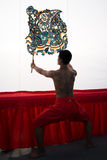 在Wat Khanon的阴影木偶 免版税库存图片
