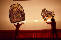 在Wat Khanon/Ratcha Buri/泰国的盛大皮影戏 库存图片
