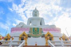 在Wat Phabhatphukham寺庙的菩萨雕象 免版税库存照片