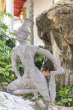在Wat Pho的带状闪长岩石雕象 免版税库存图片