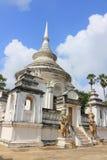 在Wat Phra Ngam的Stupa 免版税库存照片