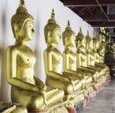 在Wat Phra Si拉塔纳Mahathat寺庙, Phitsanulo的菩萨雕象 库存照片