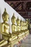 在Wat Phra Si拉塔纳Mahathat寺庙, Phitsanulo的菩萨雕象 免版税库存图片