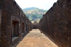 在Wat Phu或大桶Phou城堡里面的路 库存图片