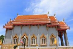 在Wat Rom Pho Manotham的寺庙 免版税库存照片