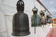 在Wat Saket寺庙的响铃 免版税库存照片