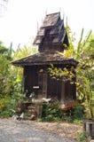 在Wat Sri荣Muang, Lampang,泰国的古老洗手间 免版税库存图片