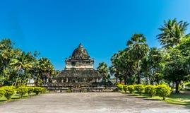 在Wat Wisunalat,老挝的那Pathum-stupa 库存照片