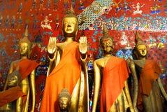 在Wat Xieng皮带的菩萨雕象 库存图片