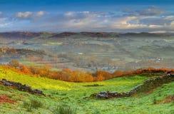 在Whitbarrow的有薄雾的早晨 免版税库存图片