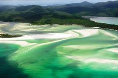 在Whitehaven海滩, Whitsunday海岛的风景飞行 库存照片