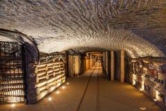 在Wieliczka的地下走廊,波兰 免版税库存图片